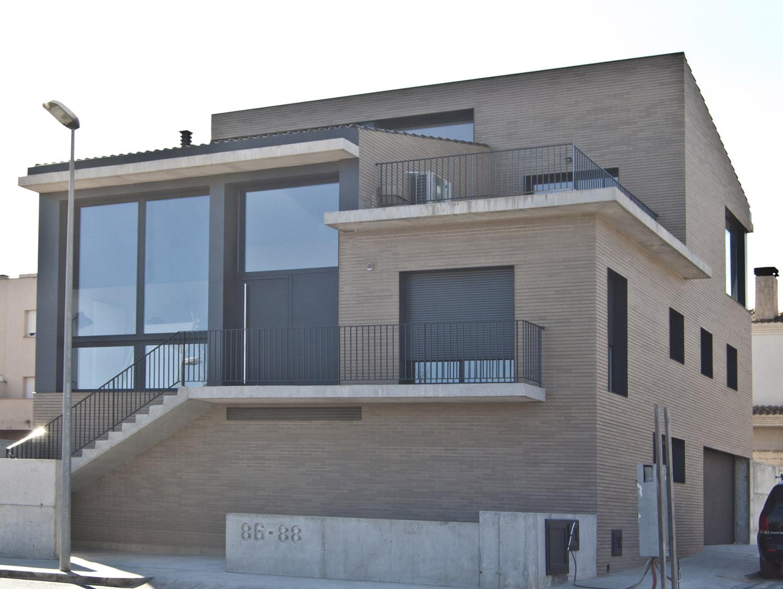 Casa joel i anna balada juan arquitectura i disseny for Casa minimalista tarragona
