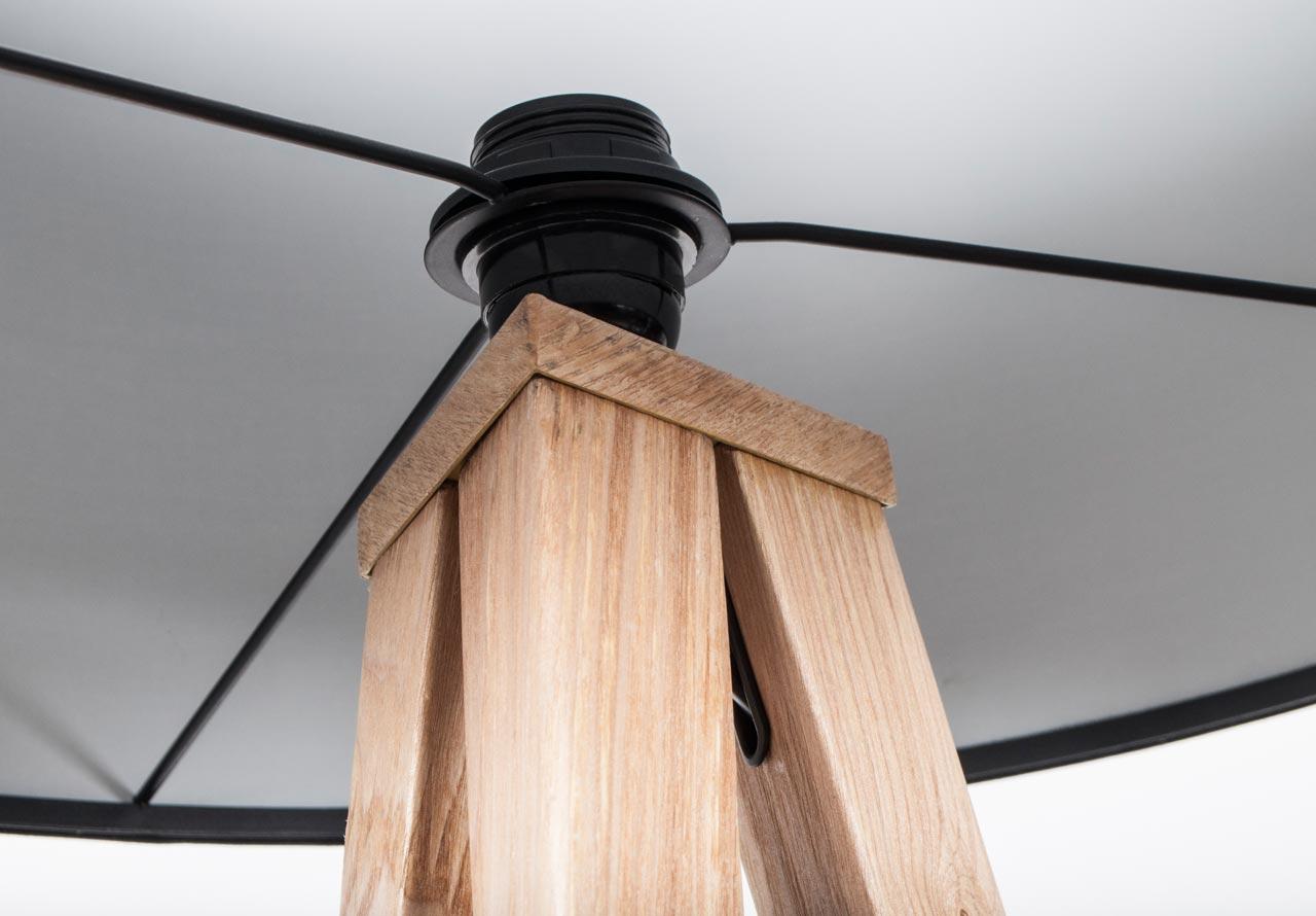 tripod floor lamp balada juan arquitectura i disseny. Black Bedroom Furniture Sets. Home Design Ideas